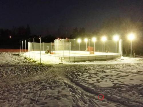 Mobilní zámrzné mantinely - Leden 2017 - ČR - Pro golfový resort a nově vybudované mobilní kluziště, jsme dodali...