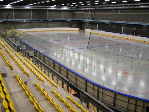 Profesionální hokejové mantinely EURO EXTRA - Hokejové mantinely EURO EXTRA, instalace včetně veškerého příslušenství...