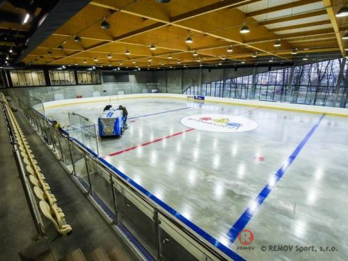 Profesionální flexibilní hokejové mantinely - Březen 2018 - PL -  Realizace flexibilních hokejových mantinelů EURO FLEX, Polsko.  ...