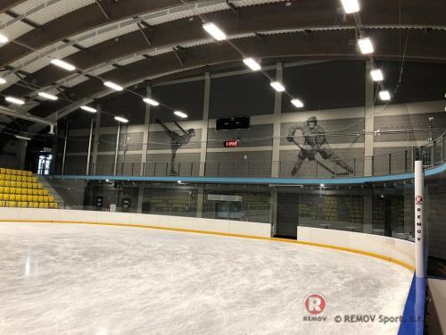 Profesionální hokejové mantinely - Leden 2019 - CZ - Hokejové mantinely na klíč vč. příslušenství do nově postavené hokejové...