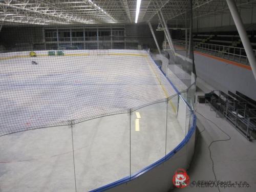 Mantinely na zimním stadiónu v Košicích - Crow aréna - říjen 2012 - SK - Hokejové mantinely EURO EXTRA  v nově zrekonstruovaném zimním stadiónu...