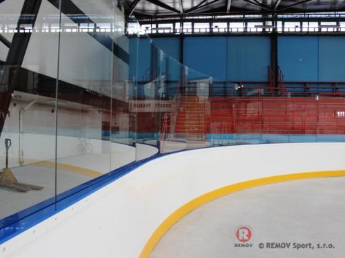 Hokejové mantinely EURO EXTRA - ZS Kralupy - Září 2013 - ČR - Dnes jsme dokončili hokejové mantinely EURO EXTRA na zimním stadióně...