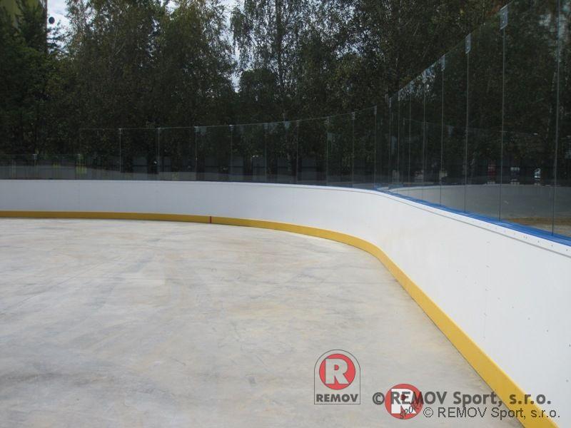 Bandy do hokejbal - EURO HOKEJBAL - skleněná nástavba
