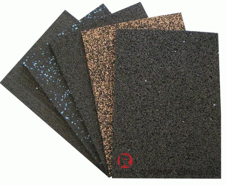 Pryžové podlahy odolné namáháním bruslemi